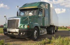 grön lastbil Royaltyfri Bild