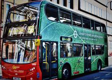 Grön London buss Royaltyfri Foto