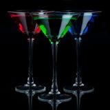 grön martini för blåa exponeringsglas red royaltyfria foton