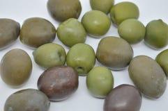 Grön medelhavs- Oliva mellanmålmat Arkivbild
