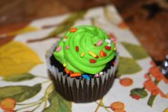 Grön muffin Arkivfoto