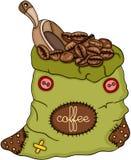 Grön påse av den kaffebönor och skopan Royaltyfri Fotografi