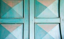 Grön retro dörr Gammal arkitektonisk beståndsdel Fotografering för Bildbyråer