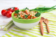 grön sallad Sunt mat- och vegetarianbegrepp arkivbild
