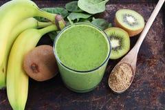 grön smoothie royaltyfri foto