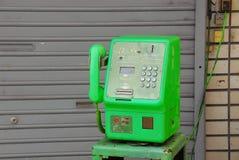 grön telefon Arkivfoton