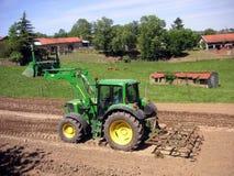 grön traktor Royaltyfri Fotografi