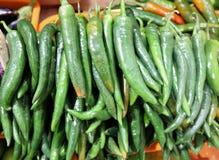 grön varm peppar för chili arkivfoto
