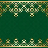 Grön vektorbakgrund med guld- tappningorname royaltyfri illustrationer