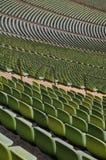 Gröna åskådarestolar Fotografering för Bildbyråer