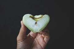 Gröna bergäpplen Arkivfoton