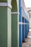 Gröna blåa och vita kolonner Royaltyfri Fotografi
