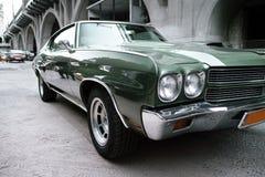 Gröna Chevrolet Malibu Arkivbilder