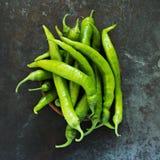 Gröna chilipeppar Fotografering för Bildbyråer