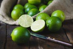 gröna citroner Arkivbilder