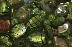 Gröna glass pärlor Arkivfoto