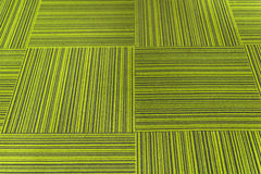 Gröna matttegelplattor arkivbild