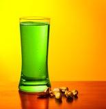 gröna muttrar för öl Arkivbild