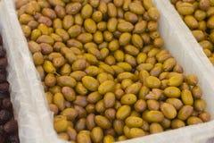 Gröna Olive Healthy Food Arkivbilder
