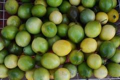 Gröna Passionfruit Arkivbilder