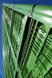 Gröna plast- spjällådor 03 Arkivfoto