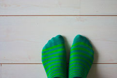 gröna sockor fotografering för bildbyråer