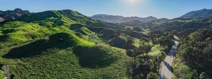 Gröna sydliga Kalifornien kullar Arkivfoto