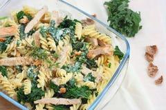 Grönkål eller borecole med pasta Royaltyfria Foton