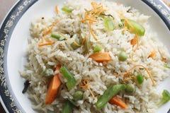 Grönsak Biryani - en populär indisk vegmaträtt som göras med grönsaker Arkivfoto