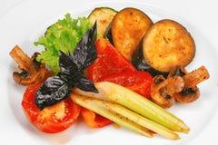 Grönsak- och champinjonuppståndelsesmåfisk Royaltyfri Bild