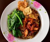 grönsak- och grisköttsoppa, asiatiska nudlar Royaltyfri Foto