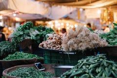 Grönsak på den Sardar nattmarknaden i Jodhpur, Indien arkivbild