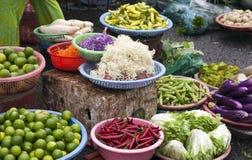 grönsaker för ny marknad royaltyfria foton