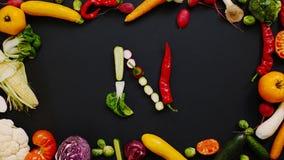 Grönsaker gjorde bokstav N arkivfoto