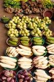 Grönsaker på en marknadsföra Royaltyfri Foto
