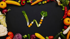 Grönsaker som göras bokstav W Arkivfoton