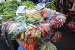 Grönsaklastbil royaltyfri foto
