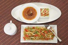 GrönsakManchurian med Fried Rice Arkivbilder