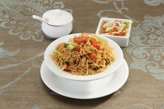 GrönsakManchurian med Fried Rice Arkivfoton