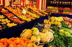Grönsakshandlare Storefront Arkivbilder