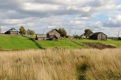 Grönsakträdgårdar i nordlig ryssby Royaltyfri Fotografi