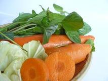 Grönsakuppsättningen för sunt bantar mat Arkivbilder
