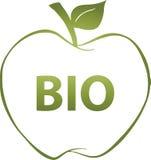 Grönt äpple med den bio inskriften Royaltyfri Foto