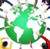Grönt begrepp för beskydd för affärsmiljö globalt royaltyfri illustrationer
