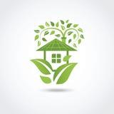 Grönt ecohus Fotografering för Bildbyråer