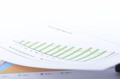 Grönt grafdiagram Fotografering för Bildbyråer