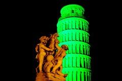 Grönt lutande torn för St patricks Arkivbild