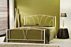 Grönt lyxigt modernt sovrum Fotografering för Bildbyråer
