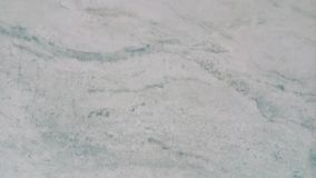 Grönt tygtexturmörker - arkivfoton