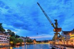 Grúa del río de Zurich fotografía de archivo